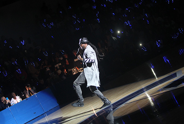 NCAA Basketball Season Kicks off With Midnight Madness, Hoyas and 2 Chainz and Terps and Top Ranking