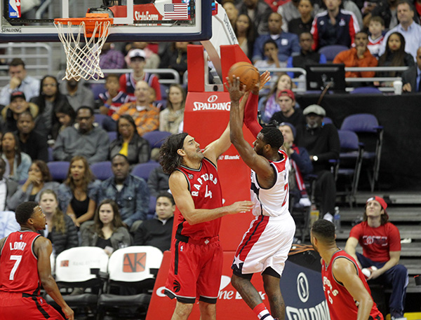 Wizards Can't Find Answers for Raptors, Fall Again at Home, 97-88