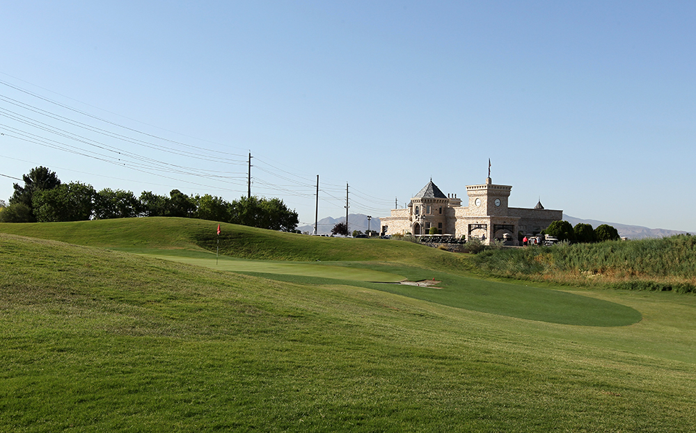 Royal Links Golf Course Las Vegas, Golfing Royalty Just Minutes off the Strip