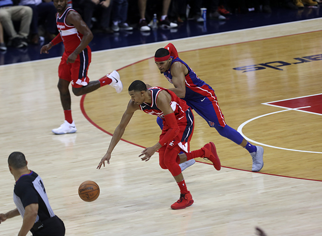 Wizards Take Another One to the Wire, Defeat Pistons to go 2-0 Before Four Game Road Trip