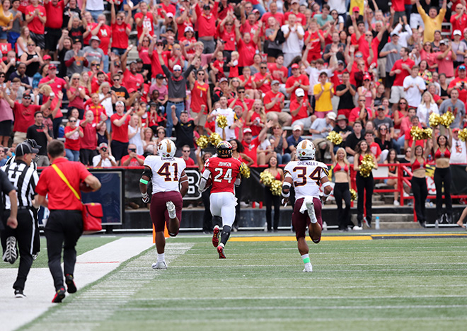 Terps Score a Runaway Victory Over Minnesota, 42-13
