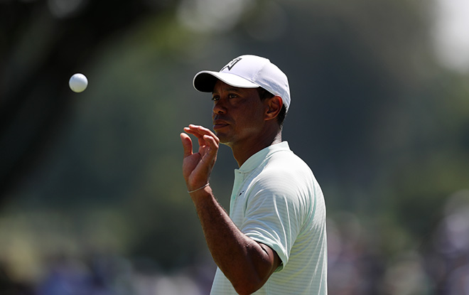 Tiger Woods Posts Second Best Round of Career to Lead First Round of BMW Championship