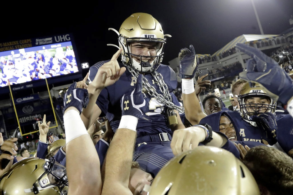 Nichols' 48-yard Field Goal Lifts Navy, Team Now Bowl Eligible