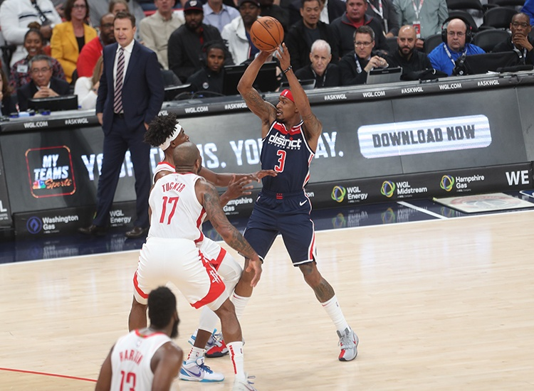 Wizards Fall Short in Shootout With Houston, 159-158
