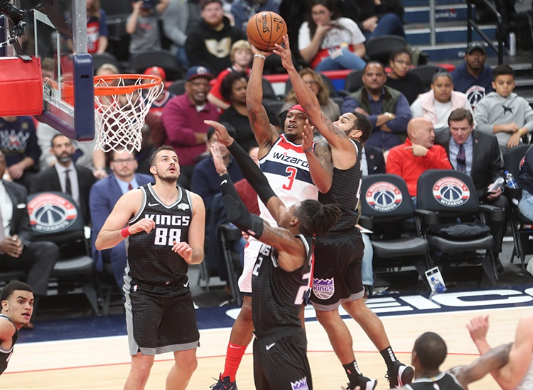 Kings of the Court! Sacramento Knocks of Wizards, 113-106